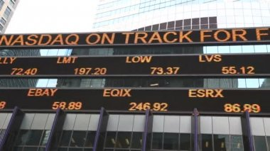 Stocks quotes on Times Square in New York — Stock Video