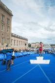The overall leader Javier Gomez in the Mens ITU World Triathlon  — Stock Photo