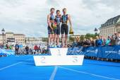 The three podium winners in the Mens ITU World Triathlon Series — Stock Photo