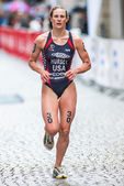 Closeup of Katie Hursey from USA at the cobblestone roads of the — Stock Photo