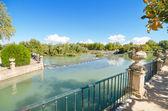 Beautiful Lake at Aranjuez royal palace garden. — Stock Photo