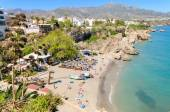 Nerja beach, famous touristic town in costa del sol, Malaga, Andalusia, Spain. — Stock Photo