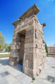 Debod Temple in Madrid. Ancient egyptian temple in Madrid. Famous touristic landmark — Foto de Stock