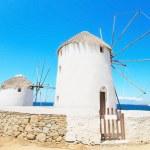 Famous mykonos windmills, famous landmark in Greece. — Stock Photo