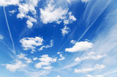 Blue cloudy sky background — Stock Photo