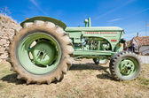 CAMENO, SPAIN - AUGUST 24: Hanomag Barreiros R500 at annual Vintage tractor exhibition in Cameno, Burgos, Spain on August 24, 2014. — Stock Photo