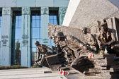 Pomnik poświęcony Warszawskiego — Zdjęcie stockowe