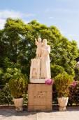 Statue of San Jose Obrero (Saint Joseph the Worker) in Barcelona — Stock Photo