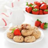 Oat bran, coconut and strawberry cookies — Stock Photo