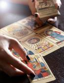 Tarot Card Reader Performing Reading — Stock Photo