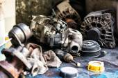 Old discarded motor vehicle components — Stock Photo