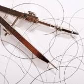 Pair of compasses drawing — Stock Photo