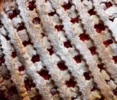 Cherry cake dusted — Stock Photo