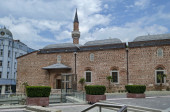 Fragment of beauty mosque and excavations in center  of Plovdiv — Photo
