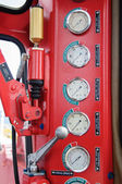 Pressure gauge for measuring pressure in the system, Oil and gas process used pressure gauge to monitor pressure condition inside the system — Stock Photo