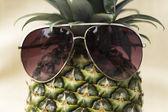 クールなパイナップル — ストック写真