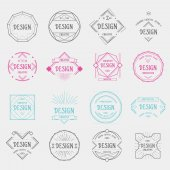 Set of vintage geometric badges — Vettoriale Stock