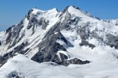 Monte Rosa, the highest mountain in switzerland — Stock Photo