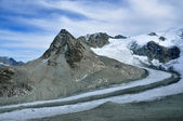 High mountain with glaciers — Stock Photo