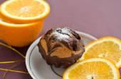 Chocolate cake and orange — Stock Photo