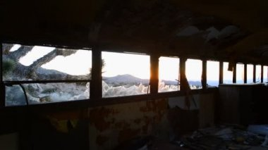Abandon Bus in the Mojave Desert — Stock Video