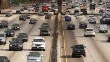 Verkehr in der Innenstadt Los Angeles Kalifornien — Stockvideo