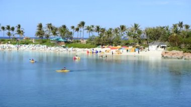 Tropical Bahamas Resort Beach — Stock Video