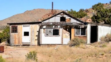 Old Abandon Home in the Mojave Desert — Stock Video