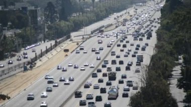 Traffic on Busy Freeway in Los Angeles — Stock Video