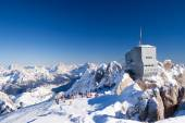 At the Marmolada slopes at sunny winter day — Stock Photo