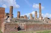 The ruins of the temple of Jupiter in Pompeii — Stock Photo