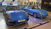 PRAGUE - APRIL 14: Two generations of Porsche 911 Targa — Stock Photo