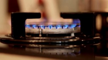 Gas ignition in kitchen — Stock Video
