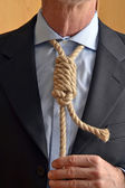 Hangman adjusting a noose rope — Stock Photo