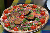 Pizza with eggplants and tomatoes — Stock Photo