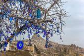 Evil eye tree Nevsehir — Stock Photo