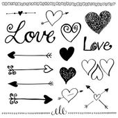 Ink hand-drawn doodle love set. Heart and arrow. — Vetor de Stock
