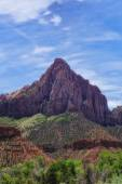 Rugged Peaks of Zions — Stock Photo