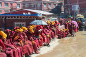 Sichuan, kina - sep 20 2014: larung gar (larung fem vetenskaper buddhistiska academy). en berömd lamasery i seda, sichuan, kina. — Stockfoto
