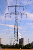 高電圧電気送電鉄塔 — ストック写真