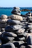 佛教传统石金字塔 — 图库照片
