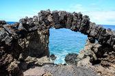 Finestra arco in pietra — Foto Stock
