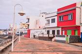 Typische farbige Colonial Spanisch Gebäude — Stockfoto