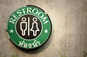 Sign toilet restroom — Stock Photo