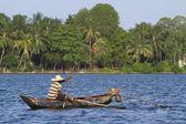 Traditional fisherman in Batticaloa, Sri Lanka — Stock Photo