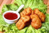 Fried nuggets — Stock Photo
