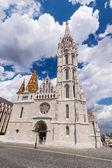 Matthias Church in Budapest, Hungary in the center of Buda Castl — Stock Photo