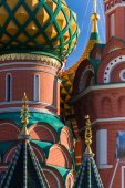 St. Basil's Cathedral in Moscow on a sunny day — Stock Photo