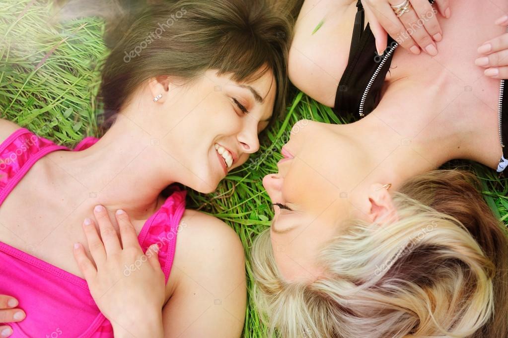 Фото лесбіянок