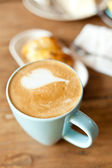 Coffee and refreshments — Stock Photo
